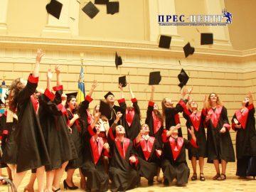 Урочиста академія з нагоди вручення дипломів випускникам факультету культури і мистецтв