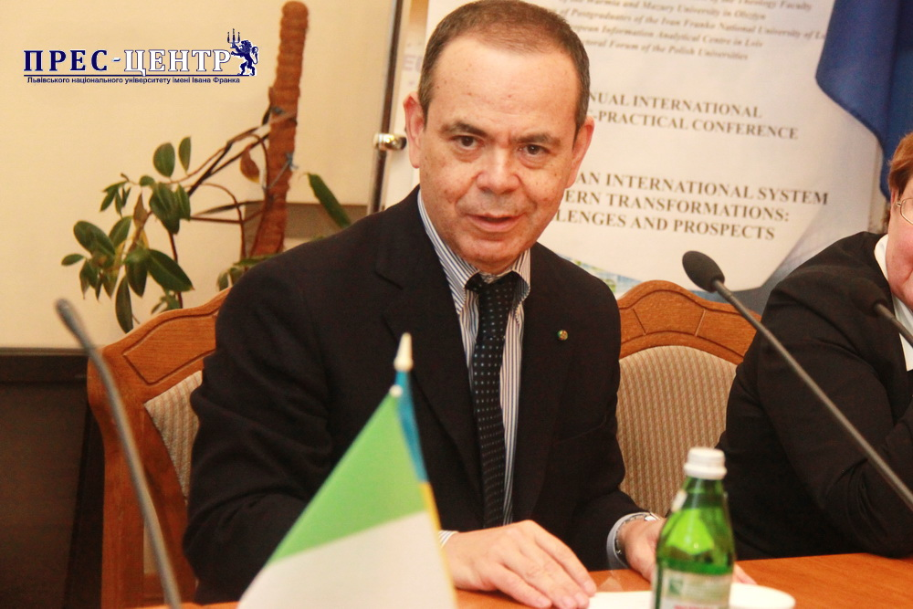 Львівський університет відвідав Надзвичайний і Повноважний Посол Італії в Україні Давіде Ла Чечіліа