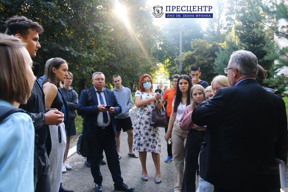 Студенти зустрілися з керівництвом ЛНУ ім. Івана Франка та Львівського національного аграрного університету