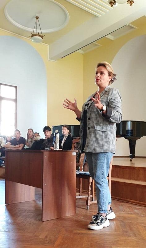 Ірма Вітовська: «Не бійтеся тримати удар спокуси»