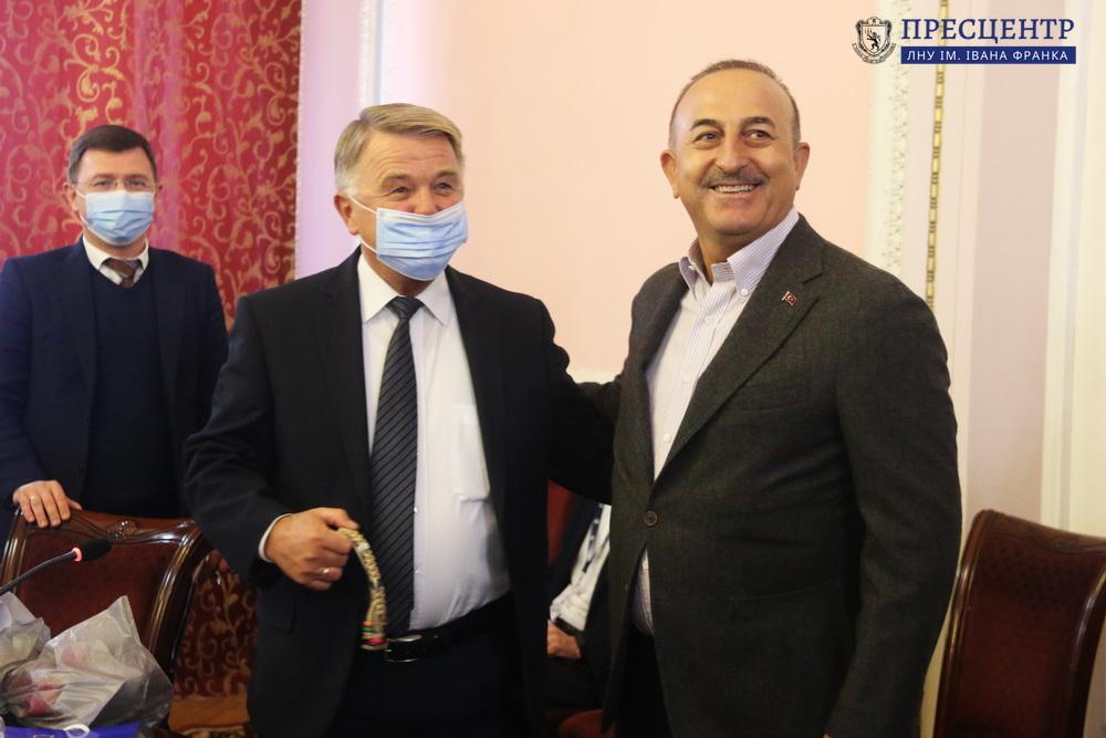 Львівський університет відвідав Міністр закордонних справ Туреччини Мевлют Чавушоглу